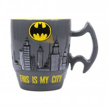 Batman Embossed Hrnek City Scene