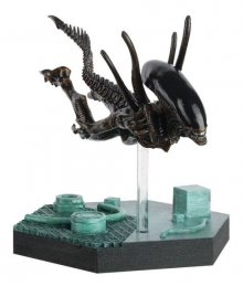 The Alien & Predator Figurine Collection Swimming Xenomorph (Ali