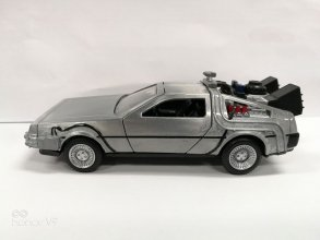 Back to the Future Hollywood Rides kovový model 1/32 DeLorean T