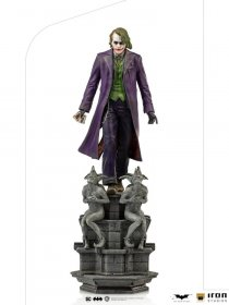 The Dark Knight Deluxe Art Scale Socha 1/10 The Joker 30 cm