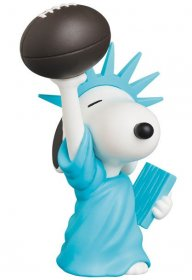 Peanuts UDF Series 9 mini figurka Socha of Liberty Snoopy 9 cm