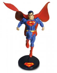 DC Designer Series Socha Superman by Jim Lee 30 cm