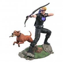 Marvel Comic Gallery PVC Socha Hawkeye with Pizza Dog 23 cm
