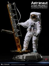 The Real Superb Scale Hybrid Socha 1/4 Astronaut Apollo 11 : LM