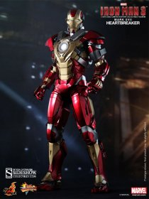 Iron Man 3 MMS figurka Iron Man Mark 17 Heartbreaker 30 cm