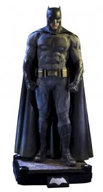 Batman v Superman Dawn of Justice 1/2 Socha Batman 109 cm