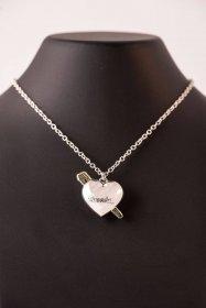 1430b4dac Prodej Universal Monsters náhrdelník Dracula Heart