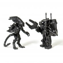 Aliens MUSCLE Figures 2-Pack Ripley & Alien Queen Black SDCC 201
