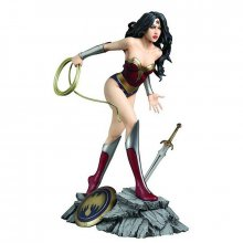 DC Comics Fantasy Figure Gallery socha Wonder Woman (Luis Royo)