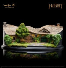The Hobbit An Unexpected Journey Socha The Green Dragon Inn 9 c