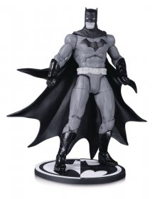 Batman Black & White Akční figurka Batman by Greg Capullo 17 cm