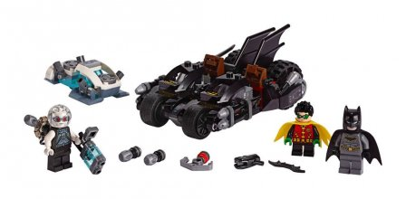LEGO® DC Universe Super Heroes™ - Mr. Freeze™ Batcycle™ Battle