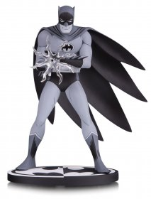 Batman Black & White Socha Batman by Jiro Kuwata 16 cm