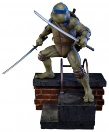 Teenage Mutant Ninja Turtles 1990 Socha Leonardo 52 cm