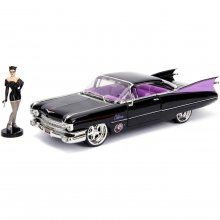 DC Bombshells Diecast Model Hollywood Rides 1/24 1959 Cadillac w