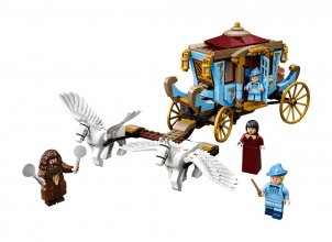 LEGO® Harry Potter™ - Beauxbatons' Carriage: Arrival at Hogwarts