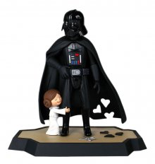 Star Wars Maketa & Kniha Darth Vader´s Little Princess 25 cm