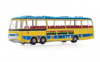 The Beatles kovový model 1/76 Magical Mystery Tour Bus