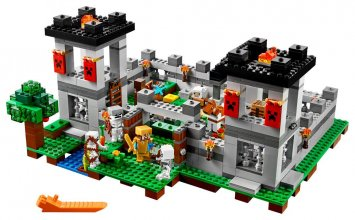 LEGO® Minecraft™ The Fortress