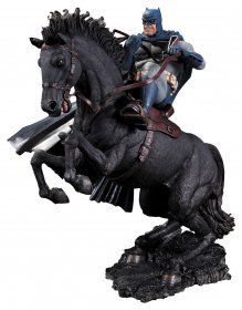 Batman The Dark Knight Returns Socha A Call To Arms 37 cm