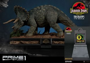 Jurassic Park Socha 1/15 Triceratops & Triceratops Exclusive 32