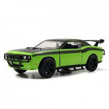 Rychle a zběsile model Dodge Challenger Green 2008 1/32