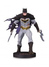 DC Designer Series Mini Socha Metal Batman by Capullo 16 cm