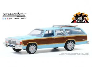 Charlie´s Angels kovový model 1/64 1979 Ford LTD Country Squire