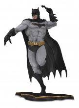 DC Core PVC Socha Batman Gray Variant heo EU Exclusive 26 cm