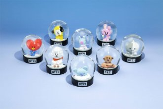 BT21 Snow Globe 8 cm Characters Display (12)
