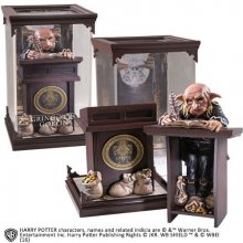 Harry Potter Magical Creatures Socha Gringotts Goblin 19 cm