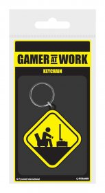 Gamer At Work gumový přívěsek na klíče Caution Sign 6 cm