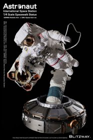The Real Superb Scale Hybrid Socha 1/4 Astronaut ISS EMU Ver. 9
