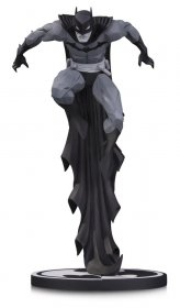 Batman Black & White Socha Batman by Jonathan Matthews 23 cm