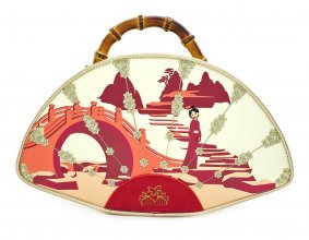 Disney by Loungefly Bamboo Fan Kabelka Mulan Bamboo Fan