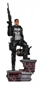 Marvel Comics Legacy Replica Socha 1/4 The Punisher 71 cm