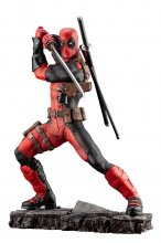 Marvel Fine Art Socha 1/6 Deadpool 30 cm