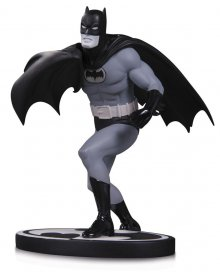 Batman Black & White Socha Batman by Carmine Infantino 16 cm