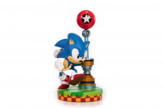 Sonic the Hedgehog PVC Socha Sonic 28 cm